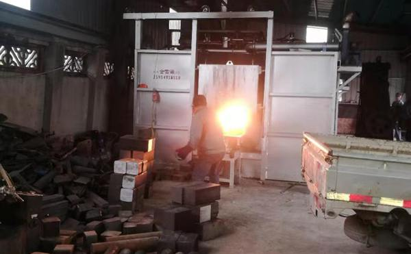 贯通式燃气加热炉
