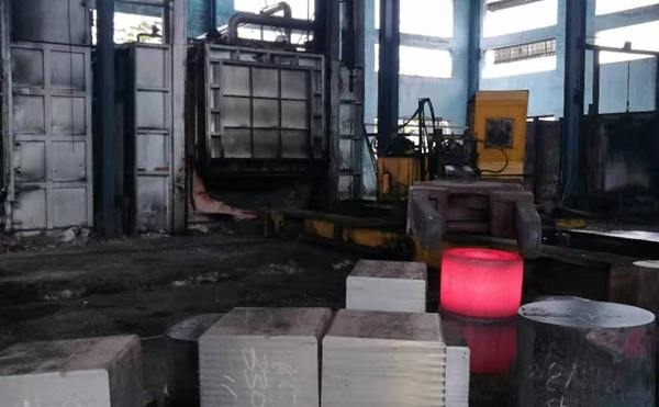 室式锻造炉10m³